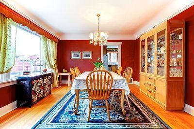 Dining room rug