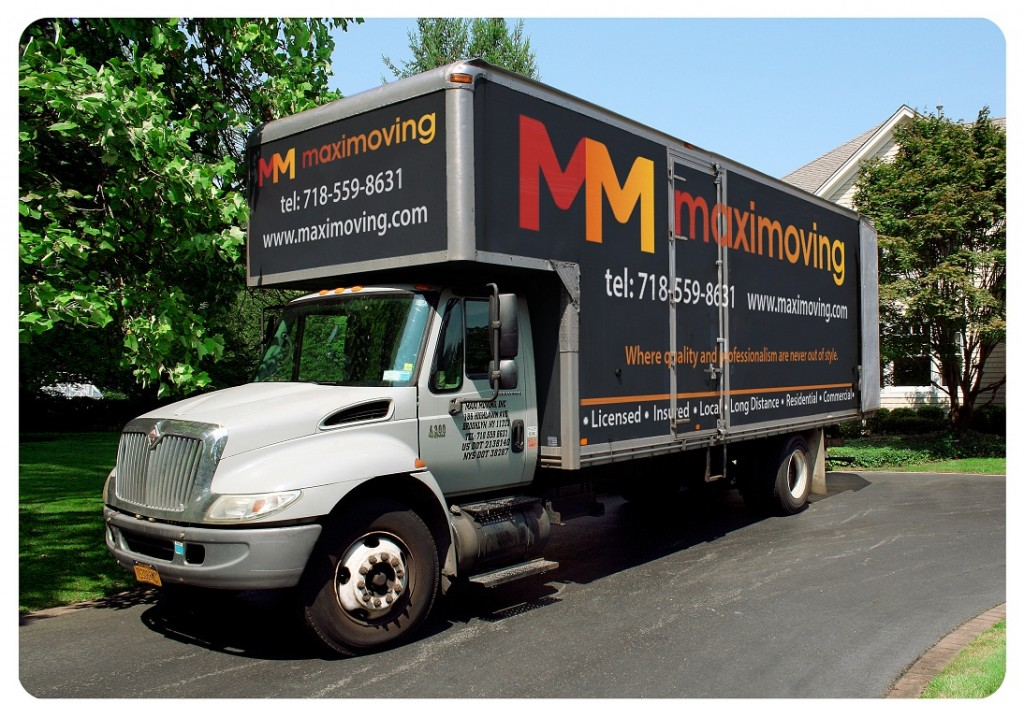 Maxi Moving Truck