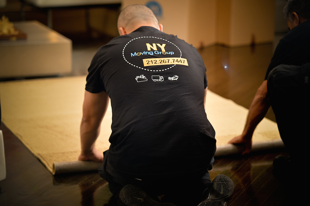 NY Moving Packing carpets for local move