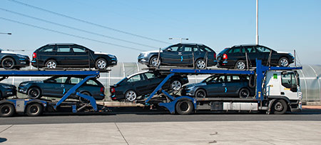 Using a Driveaway Auto Transport Service