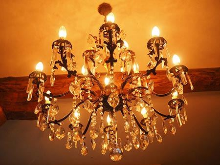 How to Pack a Chandelier