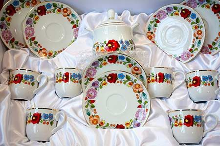 Pack Chinaware for Moving