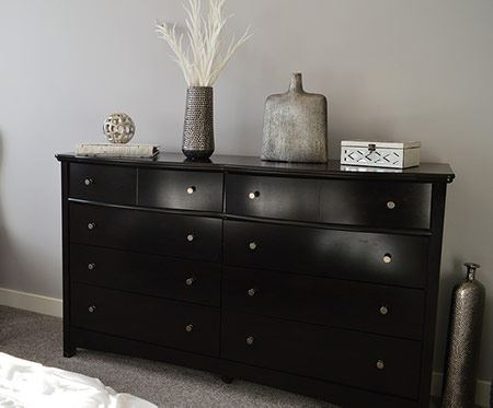 How to Pack a Dresser for Moving
