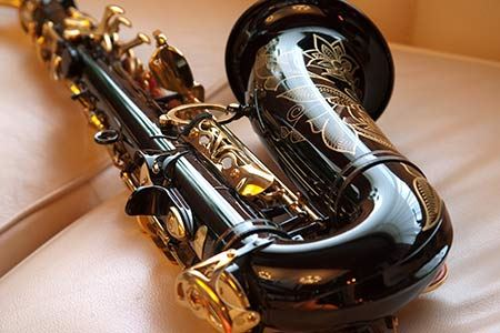 Packing Trumpets or Saxophones